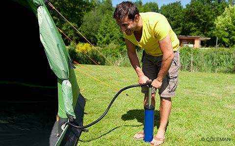 Aufblasbare Zelte – Aufpumpen und Loscampen