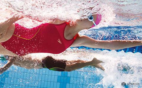 Schwimmkleidung
